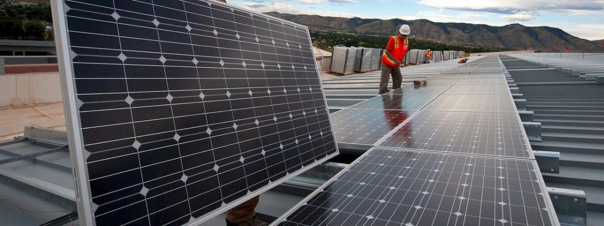 onduleur panneaux installation solaire solaires onduleurs panneau puissance energie photovoltaique electricite production reseau micro photovoltaiques systeme autoconsommation electrique tension fonctionnement