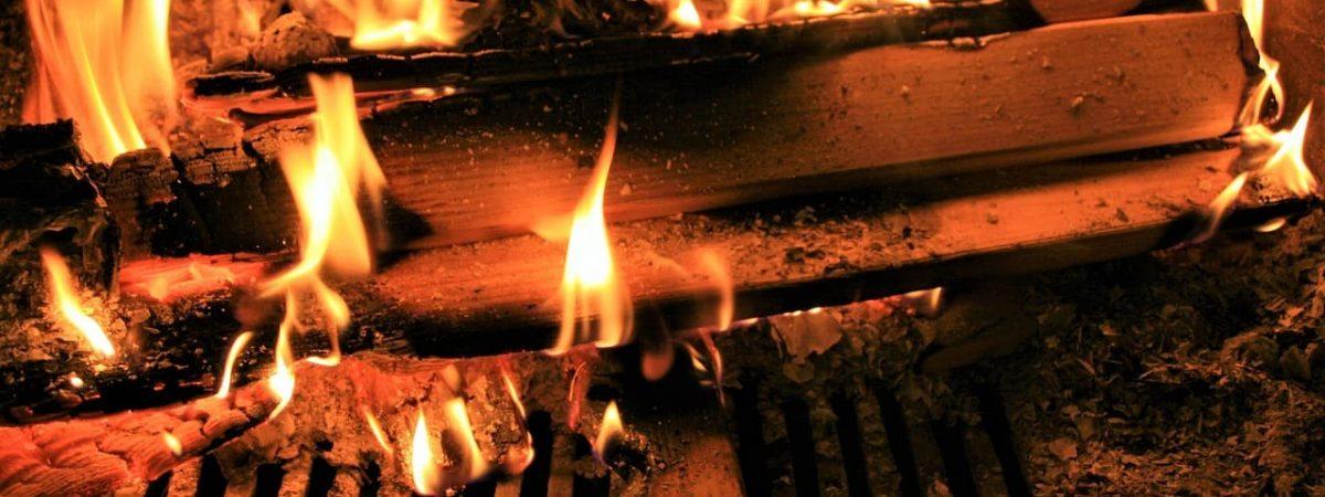 installation chauffage combustion travaux buches granules chaleur puissance rendement devis appareil fonte design coût cheminée aides masse éergie gaz système artisan tubage appareils professionnel conseils température énergétique taux intérieur appoint offre acier logement flamme