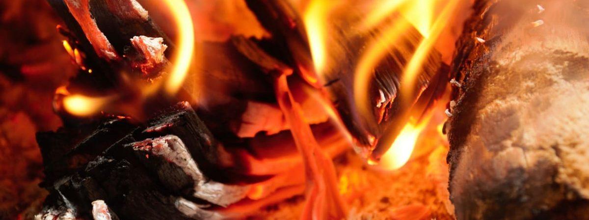 chauffage rendement buches granules appareil fonte aides installation acier foyer type cheminée conseils habitation prix flamme masse surface combustible cheminées devis appoint taux autonomie appareils entretien design modèles pierre modèle