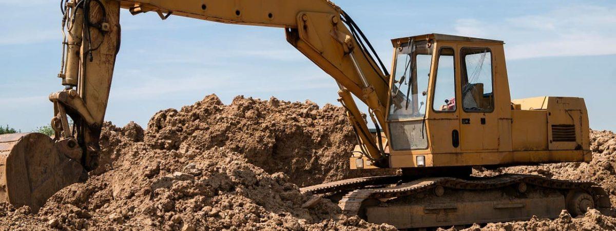 terrassement maison prix devis chantier projet fondations terrassier engins eau gravats entreprise tranchées coût professionnel soubassement tarif creuser travail pelle fosse surface
